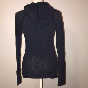 American Eagle Outfitters Tops - American Eagle Hooded Long Sleeve Top